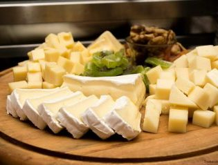Image of a Cheese Plate